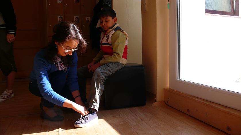 Betreuung der Kinder im Projektraum