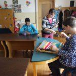 Handarbeit der Eltern und Kinder